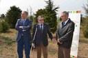 L'alcalde i el rector de la UdL inicien l'apadrinament d'arbres de l'Arborètum