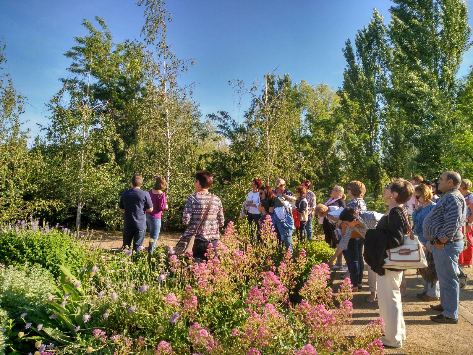 Vuitanta persones celebren la Nit dels Museus a l'Arborètum